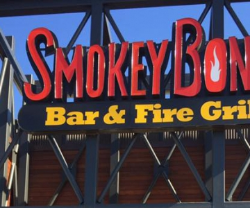 Smokey Bones Bar & Fire Grill Opens in Bowling Green, KY!